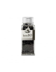 Black Salt Flakes
